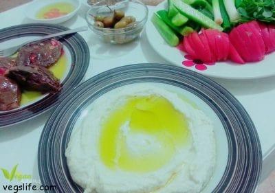 طريقة تحضير لبنة الصويا والارز واللوز النباتية